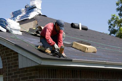 Letnie prace remontowe na dachu skośnym